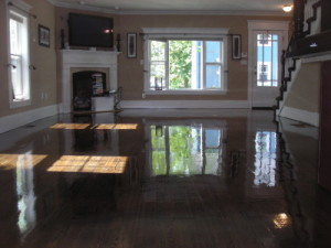 Wood Floor Sanding, Refinishing wood floor staining removal & facelifting in Winchester, MA,